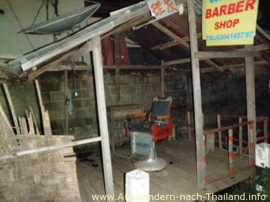 Barber - Laos - Vientiane - Vangvieng hat gigantische Landschaften und nette Leute.
